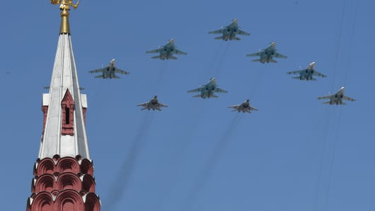 ussian jet fighters fly over Red Square during the final rehearsal of the Victory Day parade.