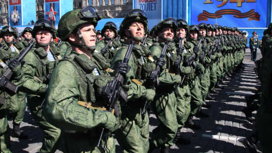 Russian army soldiers march along Red Square during the final rehearsal of the Victory Day parade