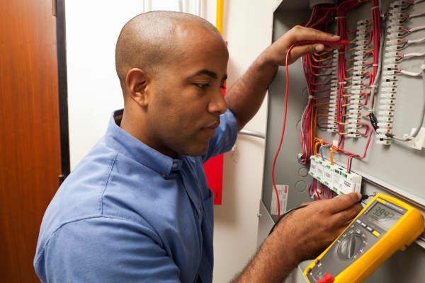 Electrician Electrical Engineer