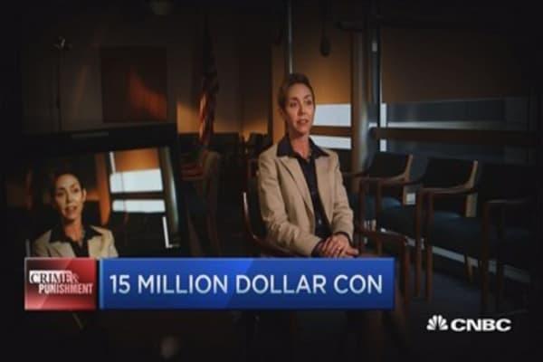 A psychic, an heir & a $15 million con