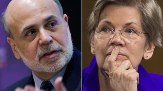 Former Federal Reserve Chairman Ben Bernanke (L) and Sen. Elizabeth Warren (R).