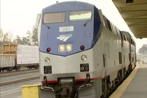 Amtrak resumes service on the Northeast corridor