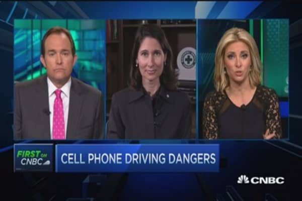 Cell phone-related car crashes rise