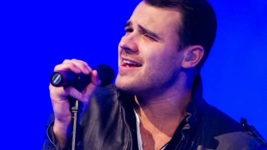 Emin Agalarov performing