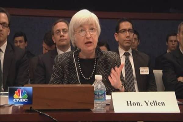 Investors look ahead to Fed minutes, Yellen speech