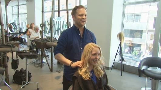 Jeff Pearce, celebrity hair colorist, traded his Wall Street office for a Madison Avenue salon.