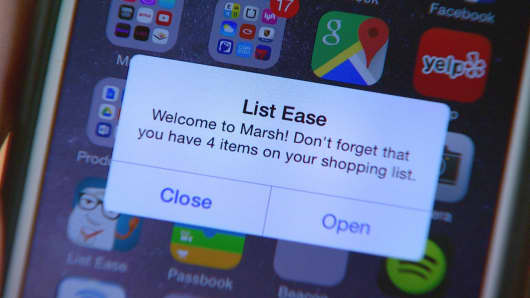 Beacon-integrated apps such as List Ease use a shopper's location to send a reminder about items on their digital shopping list as they enter a store.