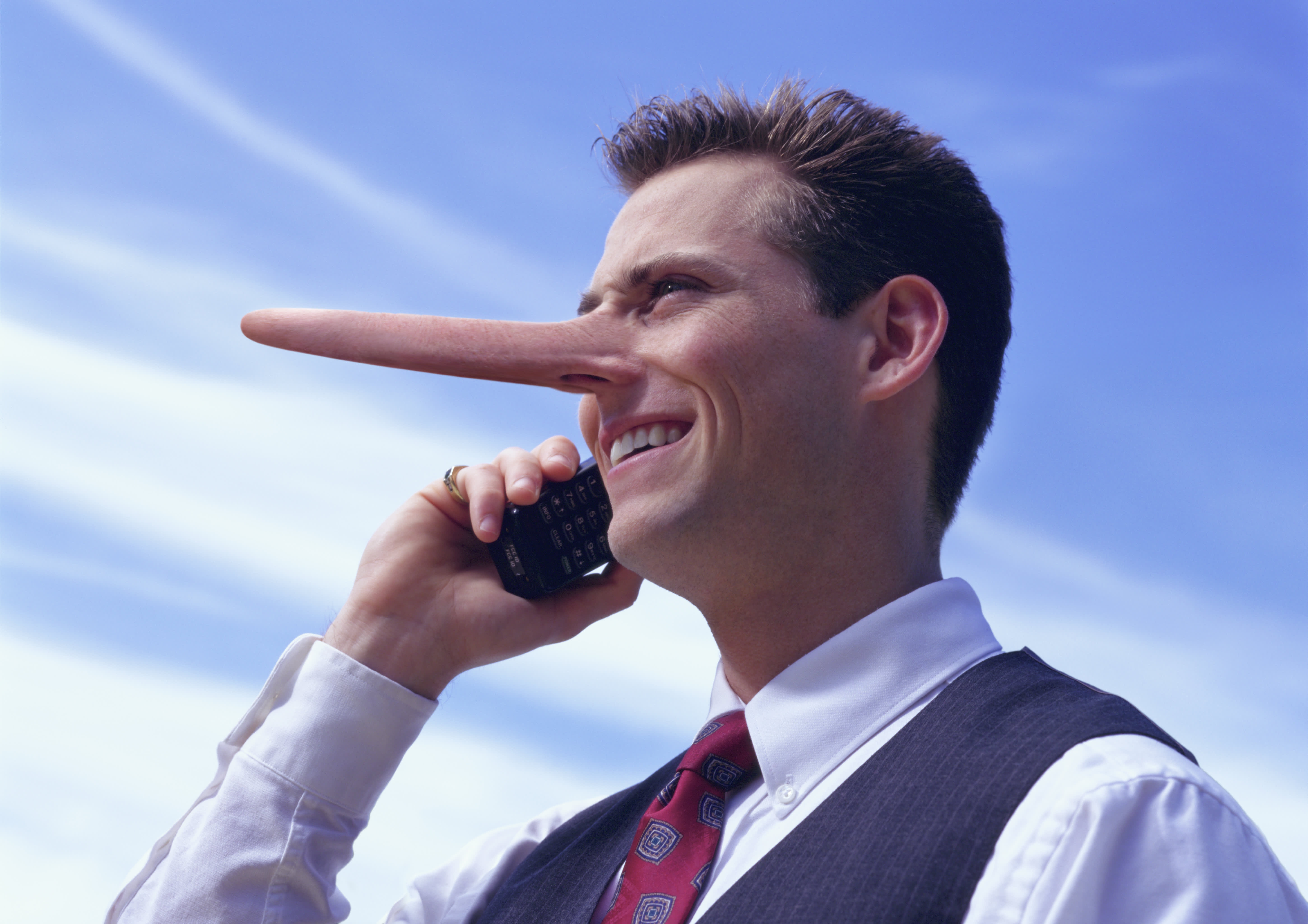 how you tell if someone is lying