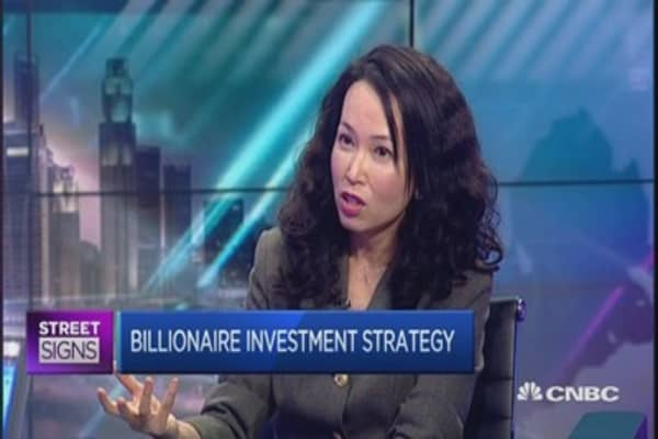 Here's how to invest like a billionaire