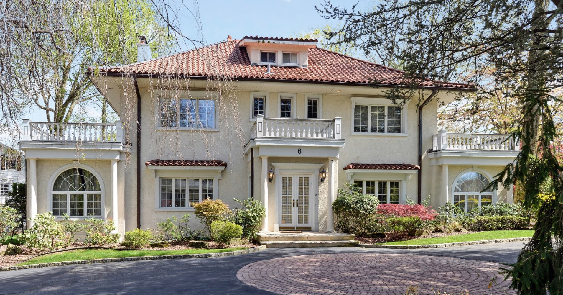 Iconic 39 Gatsby 39 House Hits The Market