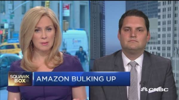 Wall Street in love with Amazon again?
