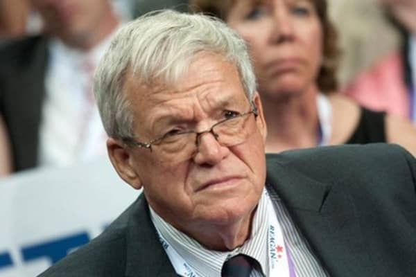 Ex-US Speaker Hastert indicted