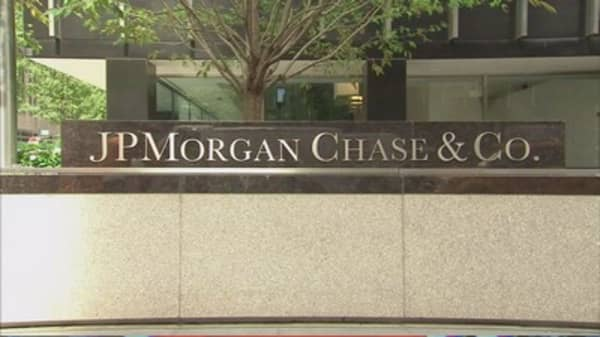 Branch shortages triggers 5k pink slips at JPM