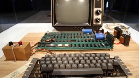 An Apple-1 computer