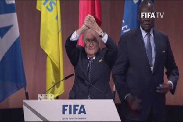 FIFA re-elects president