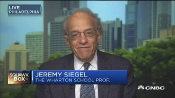 Expect low rates for next 10 years: Jeremy Siegel