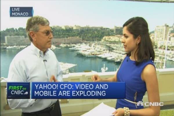 Fed rate rise? Late 2015, says Yahoo CFO