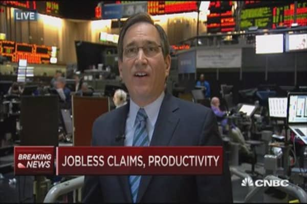 Jobless claims 276,000, Q1 productivity down 3.1%