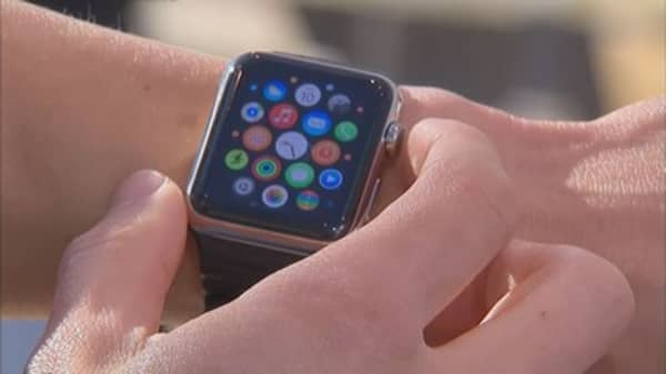 Apple Watch will sell in stores in 2 weeks