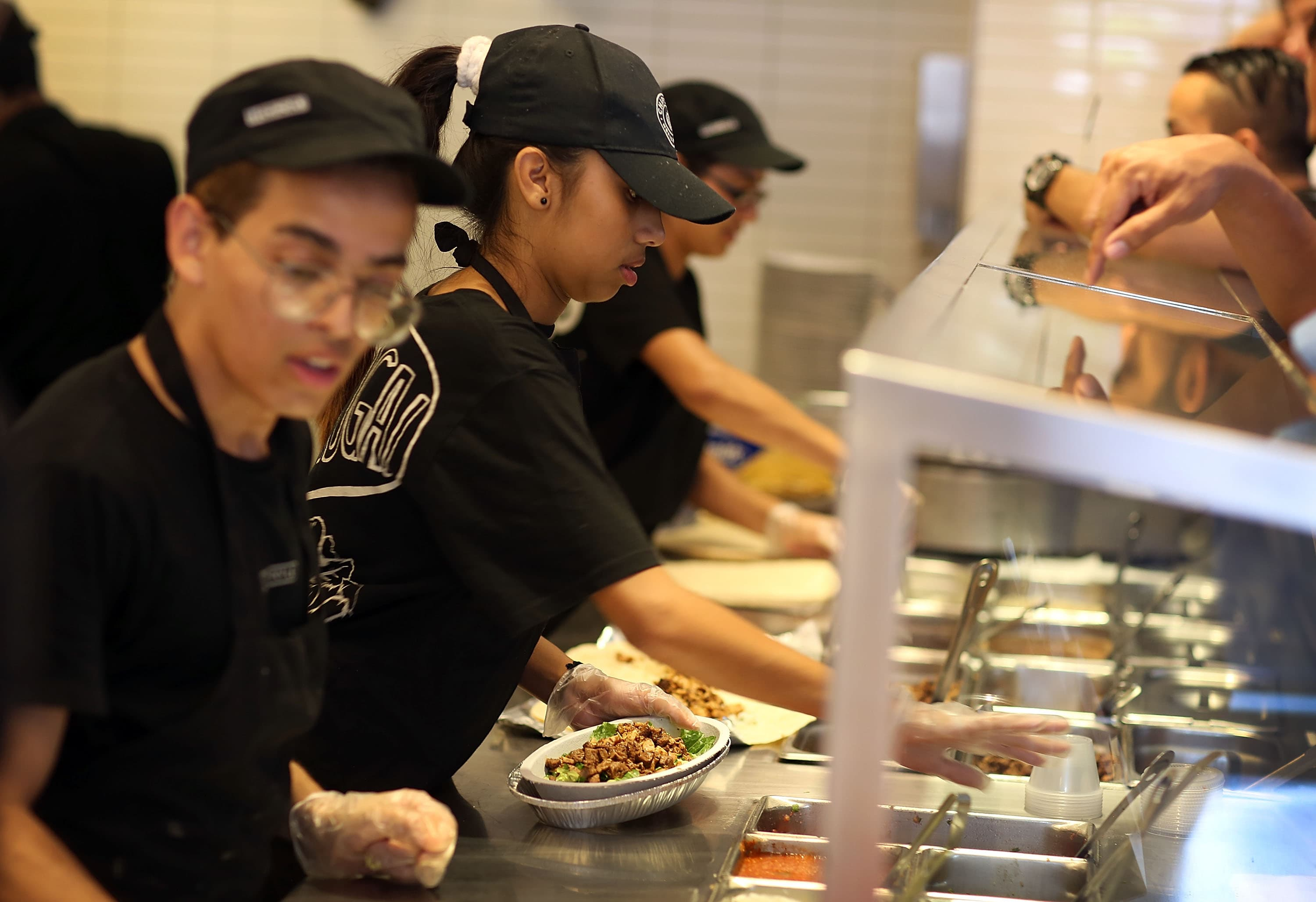 Chipotle to offer tuition reimbursement to hourly workers