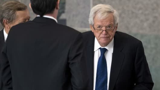 Former U.S. House of Representatives Speaker Dennis Hastert arrives for an appearance in federal court in Chicago June 9, 2015.