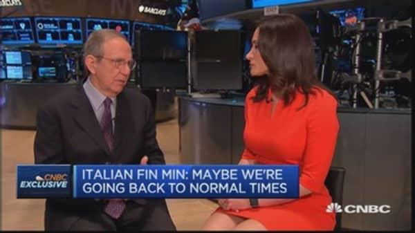 Bond volatility isn't worrying: Italy's Fin Min