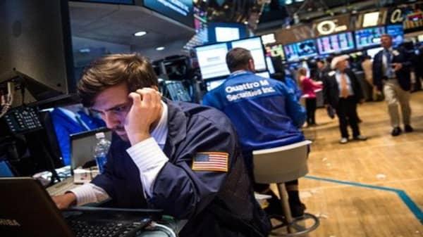 Wall Street still struggling for direction