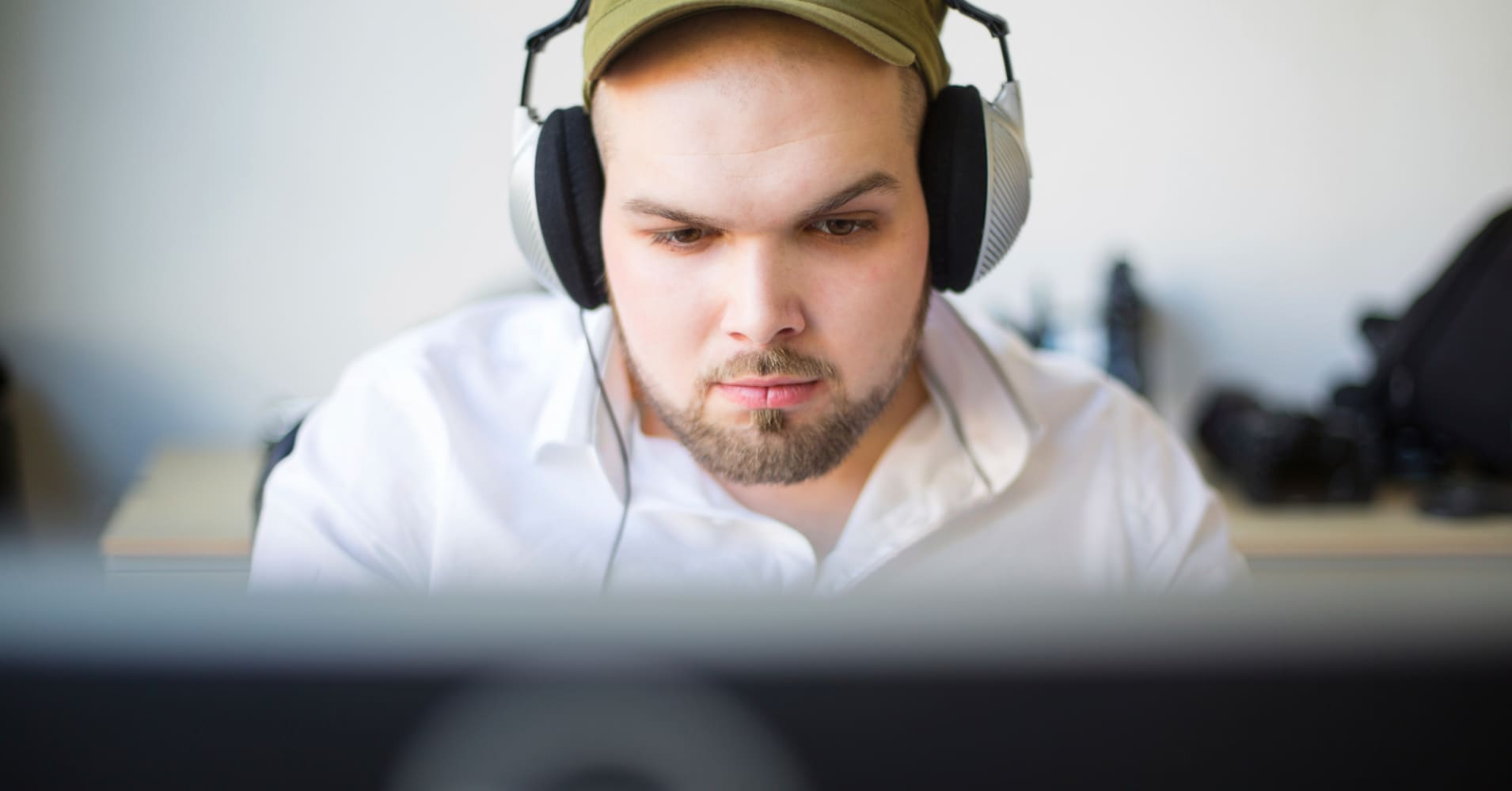Why you shouldn't hate on the millennial that wears headphones at work