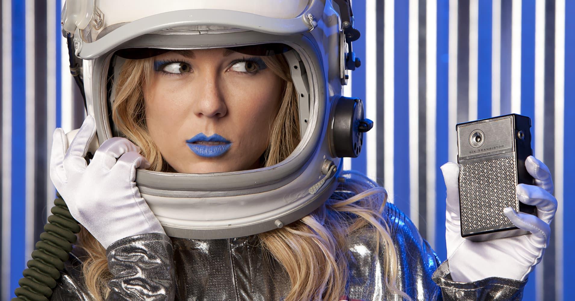 Pornhub Launches Crowdfund To Film Movie In Space-7074