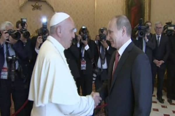 The Pope pleads for a cooler Russia