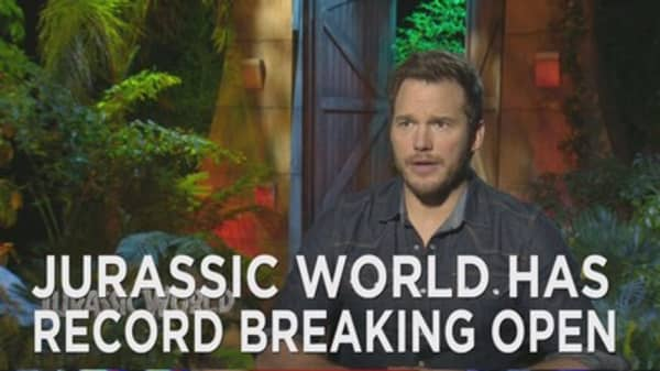 Jurassic World tromps box office