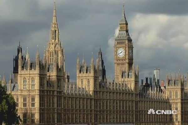 UK Parliament crumbling