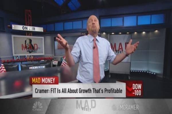 Cramer: Fitbit a terrific bargain