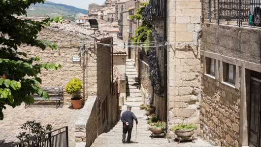 The historic center of Gangi, a Sicilian town whose local administration is giving away abandoned houses.