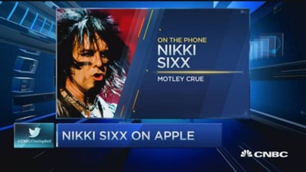 Motley Crue's Nikki Sixx: Apple did the right thing