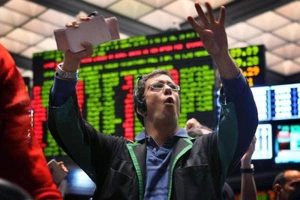 Wall Street seeks to extend June gains