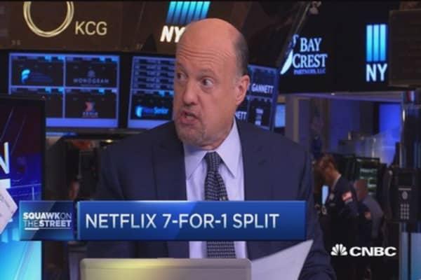 Cramer: Netflix stock split only 'cosmetic'