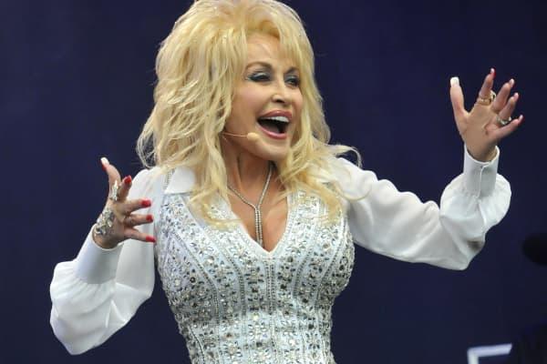 CNBC Meets Dolly Parton
