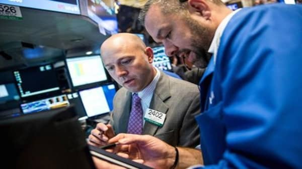 Wall Street trying to avoid late June swoon