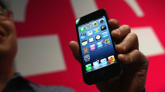 "Apple iPhone's on the T-Mobile network have had reports of the ""blue screen of death""."