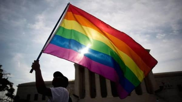 Supreme Court: States must allow same-sex marriage