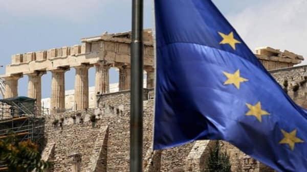 Global leaders urge Greece to strike deal