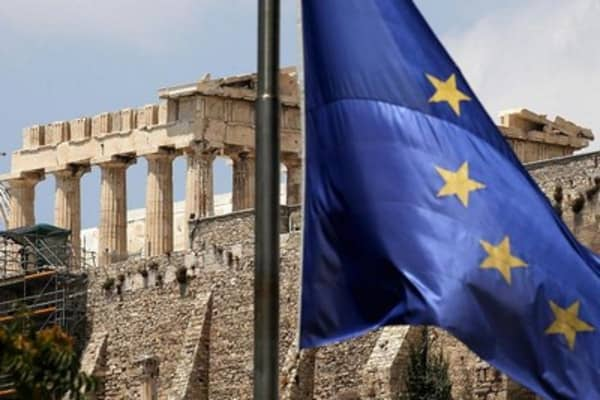 Global leaders urge Greece to strike deal