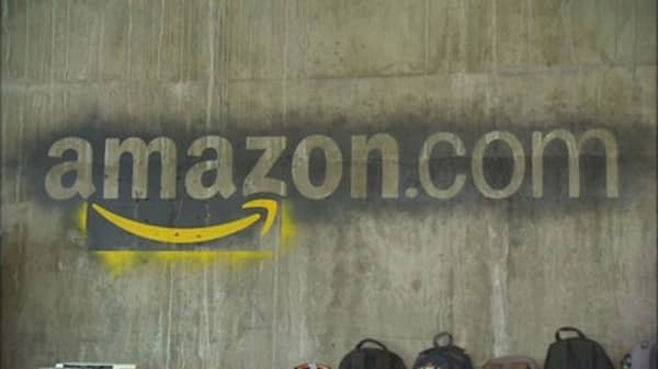 Amazon expands global business loans