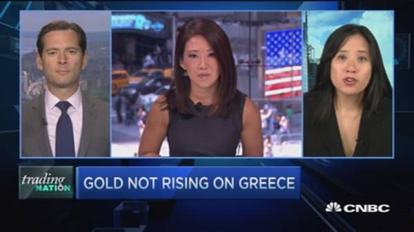 Trading Nation: Gold not rising on Greece