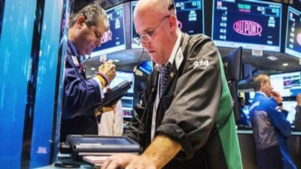 Wall Street on information overload ahead long weekend