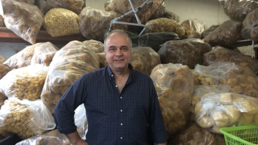 Nick Stamatakis of the Sponge Company in Deer Park, New York has postponed a shipment to Greece.