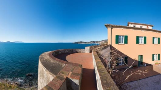 A Tuscan villa and former residence of Leonardo da Vinci for sale for $14.6 million.
