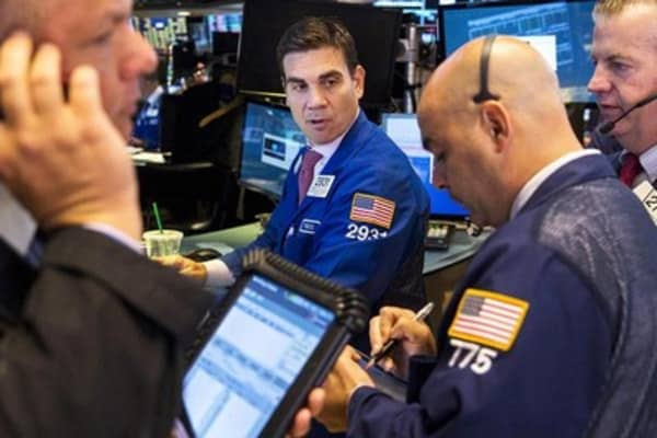 Stocks poised to recover amid Greek drama