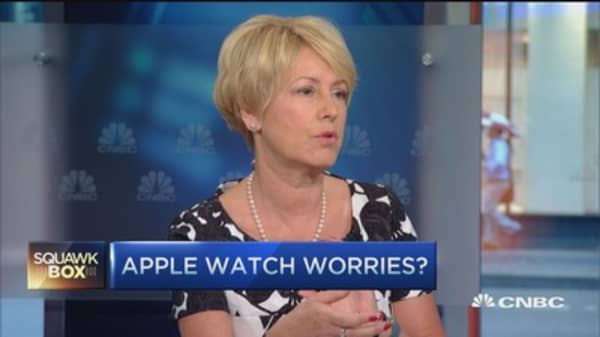 We still like Apple: Fund pros